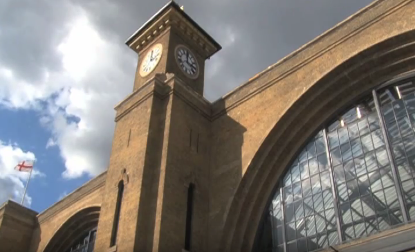 Students Studying Abroad in London acclimate to Kings Cross Station versus SEPTA.