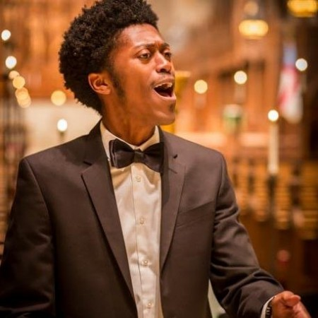 Temple Alum Performs for Pope Francis