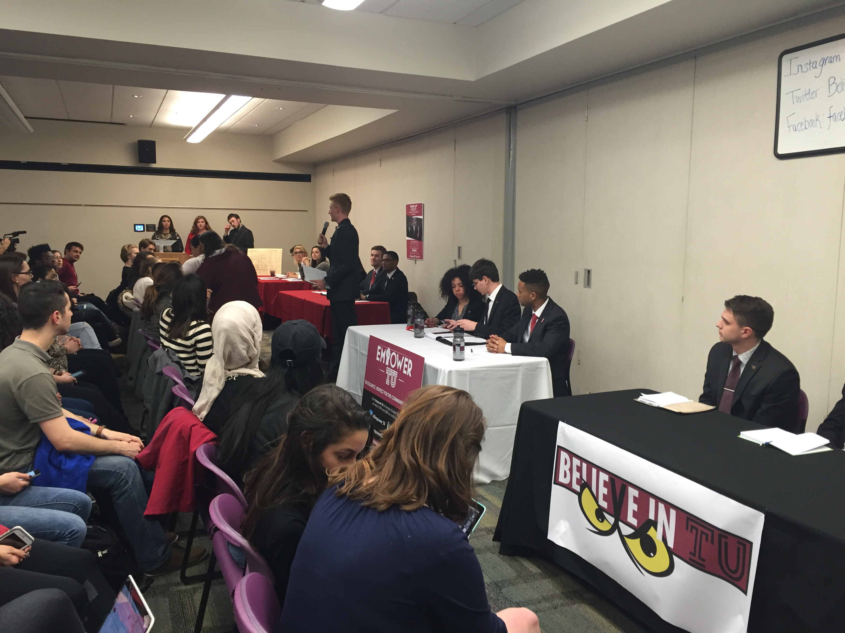 Temple Student Government Hosts its First Debate of the 2016 election.