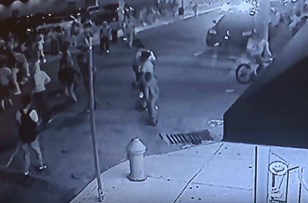 Temple University falls victim to a flash mob assault that ended in 8 Temple-related injuries.